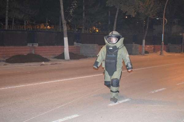 2. Ordu Komutanlığı önünde şüpheli valiz alarmı