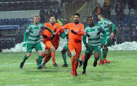 Spor Toto Süper Lig: Medipol Başakşehir: 3 - Bursaspor: 0 (Maç sonucu)