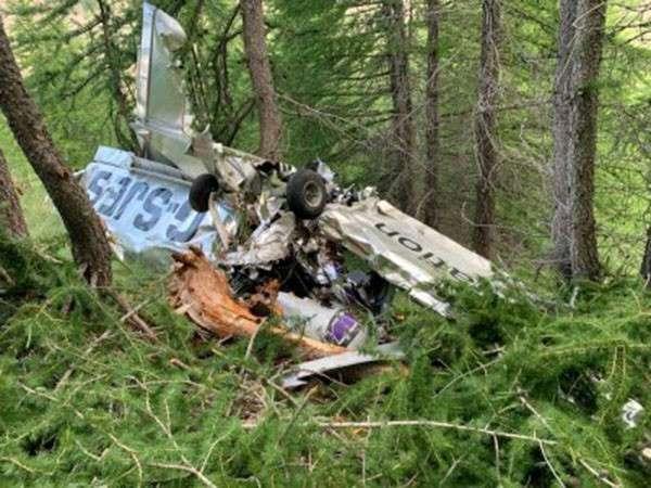Fransa'da uçak kazası: 2 ölü