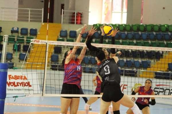Mersin Büyükşehir Belediyesi GSK Voleybol Takımı 2 sıraya yükseldi