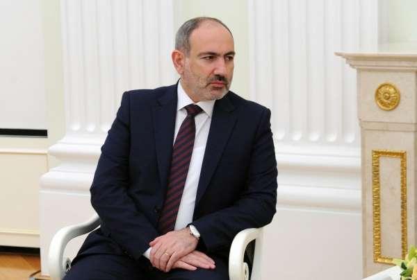 Paşinyan: 'Ermenistan ordusunun işleyişiyle ilgili köklü bir değişiklik için reform paketi hazırlıklarına başl