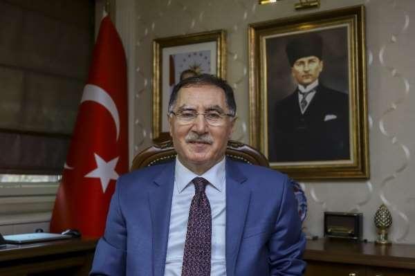 Şeref Malkoç: 'Savaşta yenilmiş ordu, yenilmiş başbakana darbe yapamaz'