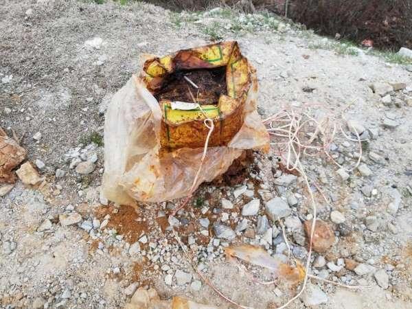 Bitlis'te teröristlerin köy yoluna tuzakladığı 30 kilo EYP imha edildi