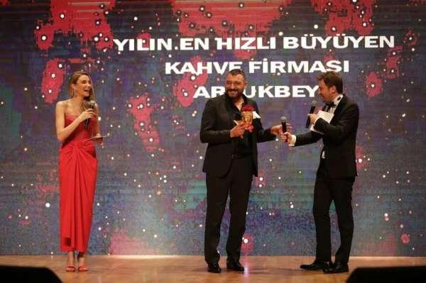 Artukbey Kahve en hızlı büyüyen kahve markası ödülü aldı