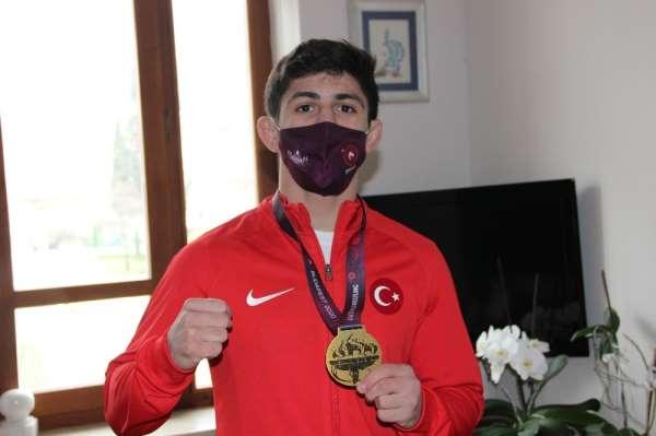 Olimpiyat vizesi alan Kerem Kamal: Efsane olup tarihe geçmek istiyorum