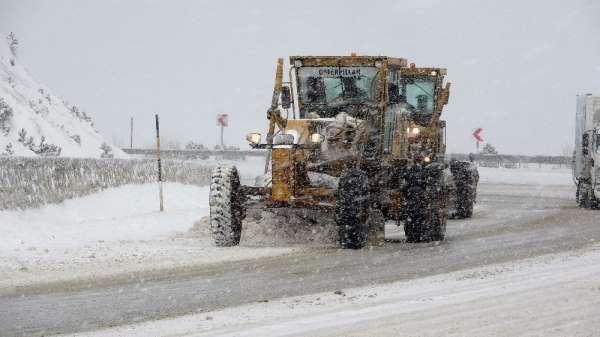 Tokatta kar yağışı ve tipi etkili oldu