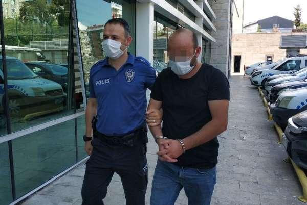 Arabayla polisin ayağının üzerinden geçti, tutuklandı