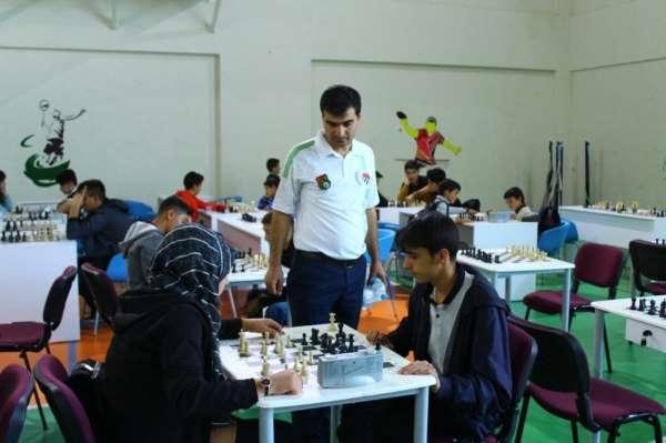 Van'da online ödüllü satranç turnuvası