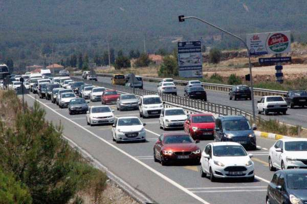 Muğlada araç sayısı bir yılda yüzde 5,1 arttı