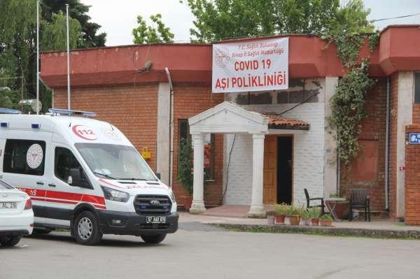 Sinopta düğün salonu randevusuz aşı merkezi oldu