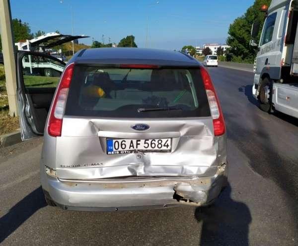 Samsun'da kırmızı ışıkta kaza: 5 yaralı