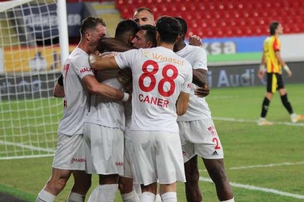 Süper Lig: Göztepe: 3 - Sivasspor: 1 (Maç sonucu)