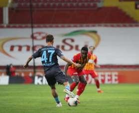 Süper Lig: Kayserispor: 0 - Trabzonspor: (İlk yarı)