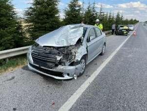 Zincirleme trafik kazasında 3 kişi yaralandı