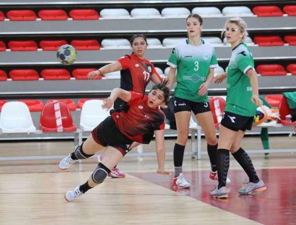 Kadınlar Hentbol Süper Ligi: Sivas Belediyespor: 35 - Görele Belediyespor: 45