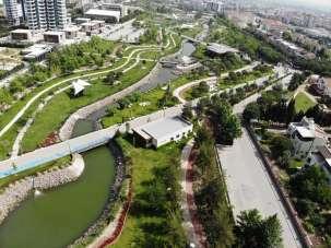 Manisa'ya 60 bin metrekare daha yeşil alan kazandırılıyor