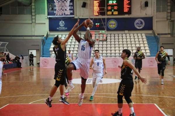 Erkekler Basketbol 1. Ligi: Kocaeli Büyükşehir Belediyesi Kağıtspor: 87 - Nadir