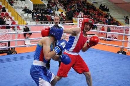 Gençler Türkiye Boks Şampiyonası Yozgat'ta başladı