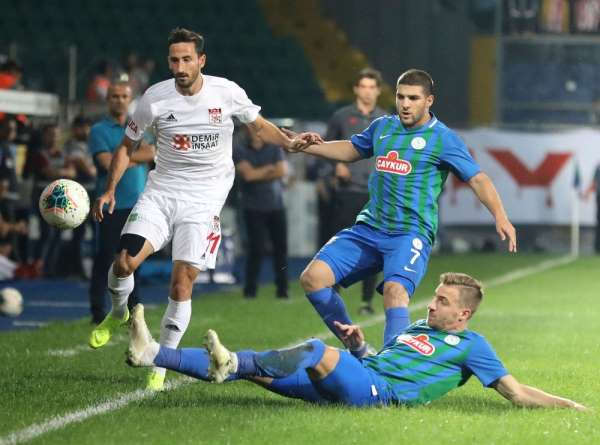 Sivasspor ile Çaykur Rizespor 16 randevuda