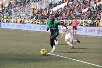 Süper Lig: Denizlispor: 0 - Antalyaspor: 2 (İlk yarı)