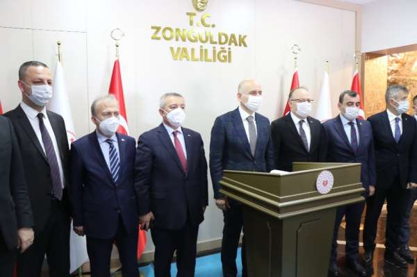Bakan Karaismailoğlu, 'Ulaşım ve haberleşme hizmetlerine yapılan harcamalar 914 milyar liraya yaklaştı'