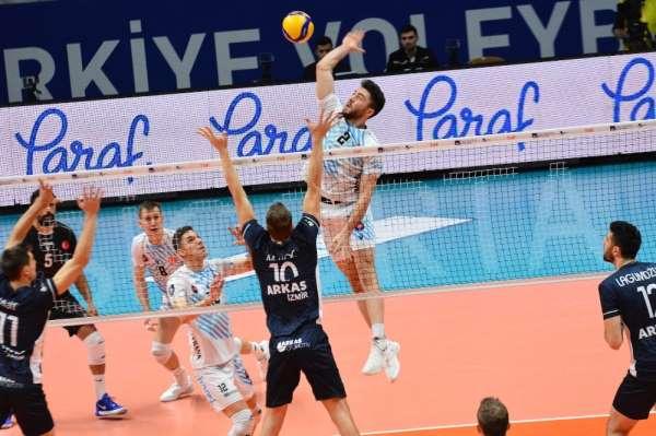 Halkbank Voleybol Takımı'nın genç yıldızı Furkan Aydın: 'En kısa sürede bu zorlu