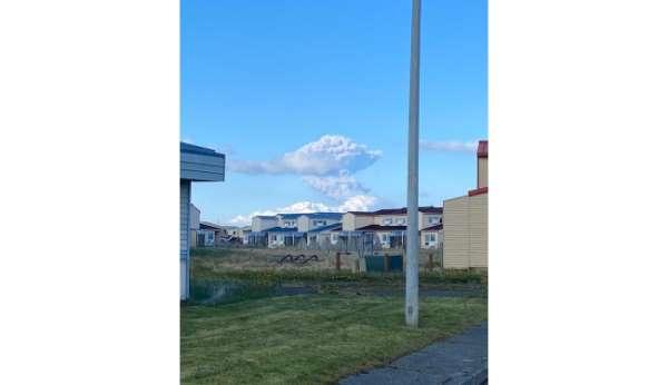 Alaska Yarımadasında yanardağ patlaması: Kırmızı alarm verildi