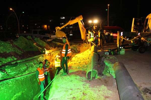 Amasya Belediye Başkanı Sarı: Biz su patlağı ararken yeni döşenmiş boru bulduk