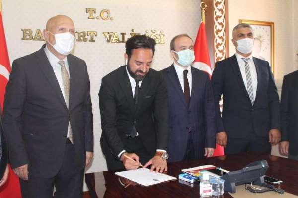 Bayburt Özel İdarespor Teknik Direktör Hakan Yılmazla yeniden sözleşme imzaladı