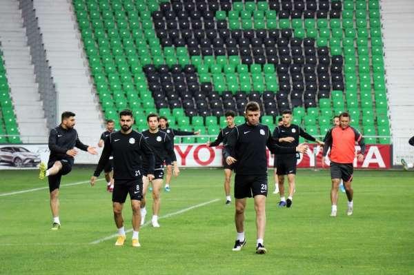 Sakaryaspor, Atatürk Stadyumundaki son idmanına çıktı