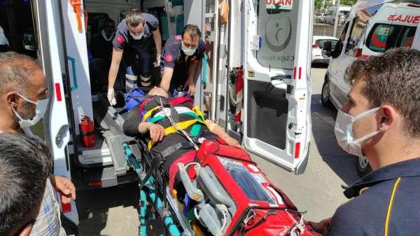 Siirtte trafik kazası: 4ü ağır 6 kişi yaralandı, onlarca koyun telef oldu