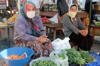 Giresun'da köylü kadınlar kendi ürettikleri organik ürünleri tüketiciyle buluştu