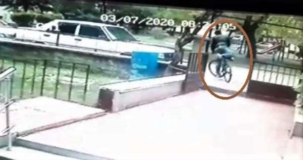 (Özel) Üniversite öğrencisinin harçlıklarını biriktirip aldığı bisiklet böyle ça
