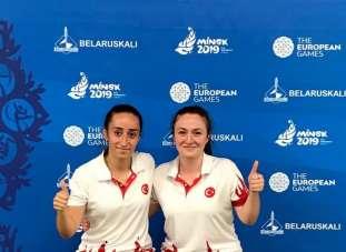 Badmintonun Erzincanlı şampiyon sporcuları yılın onur ödülüne layık görüldü