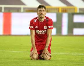 Mert Hakan Yandaş, Sivasspor'a veda etti!