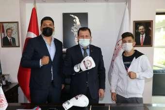 Şampiyon sporculardan Kabakcı'ya ziyaret