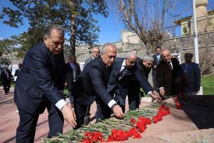 Atatürk Üniversitesi; Yanıkdere Şehitlerini anarak, Fransa'nın 24 Nisan Kararına
