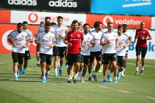 Beşiktaş hazırlıklarına kaldığı yerden devam etti