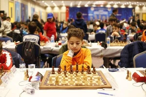 Sanko Okulları sporcusu satranç milli takım havuzunda