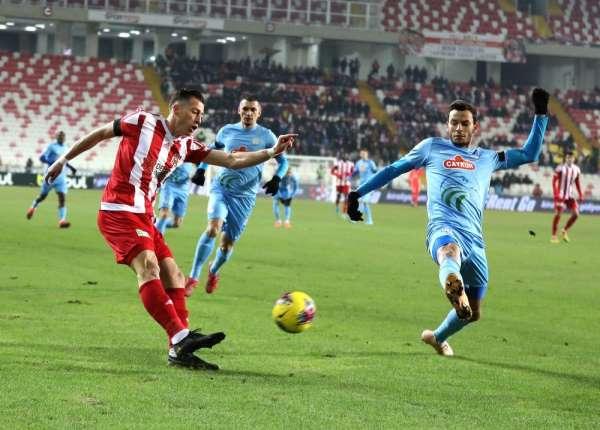 Süper Lig: DG Sivasspor: 0 - Çaykur Rizespor: 0 İlk yarı