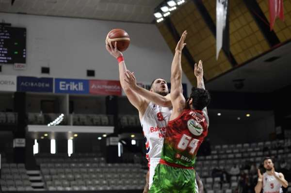 Basketbol Süper Ligi: Bahçeşehir Koleji: 83 - Pınar Karşıyaka: 96