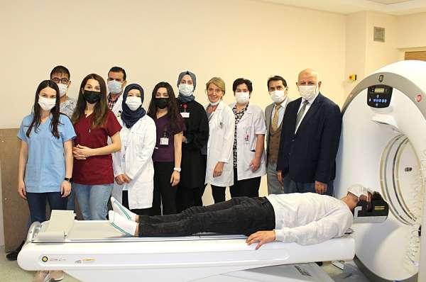 Karasu Devlet Hastanesine tomografi cihazı kazandırıldı