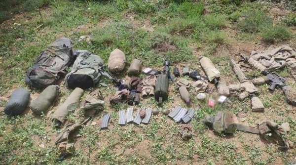 Şırnakta 2 teröristin etkisiz hale getirildiği bölgede silah ve mühimmat ele geçirildi