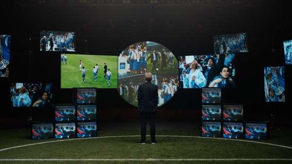 Taraftarlar, stadyumda olmanın futbolcuları daha güçlü kıldığına inanıyor
