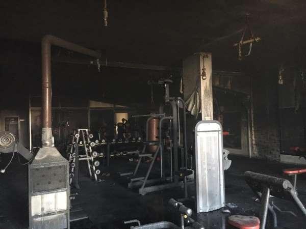 Edremit'te spor salonunda yangın paniği