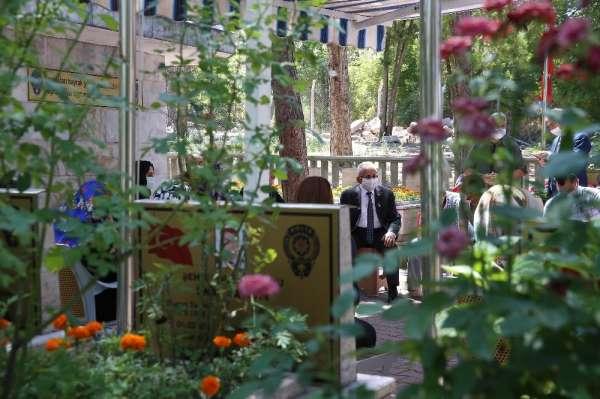 Başkan Büyükkılıç şehit polisi anma programına katıldı
