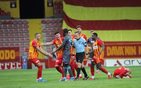 Kayserisporun 34 maçında 17 hakem görev yaptı