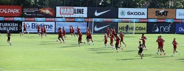 Galatasaray, PSV maçı hazırlıklarını tamamladı