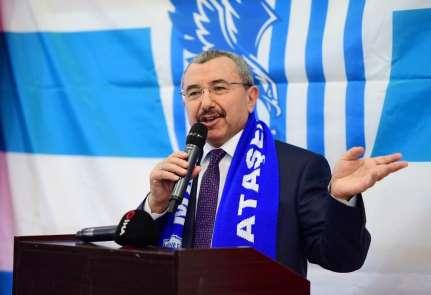 Başkan Erdem: 'Sancaktepe'de gençliğe yapmış olduğumuz hizmetler Türk genci için