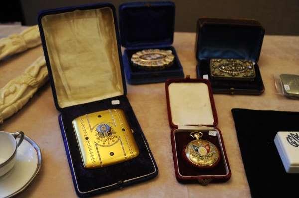 Osmanlı dönemine ait eserler müzayedede satışa sunuldu